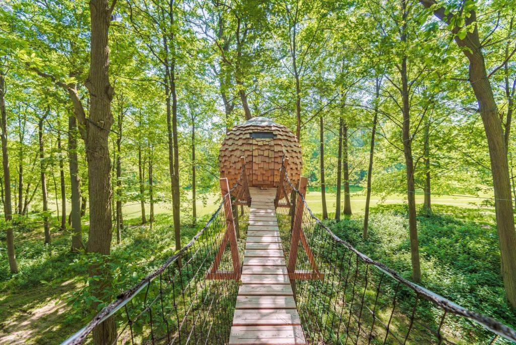 Cabane-arbres-aventure-romantique